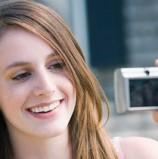 """חדש מאולימפוס: מצלמות שעושות """"קוסמטיקה"""""""