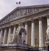 סערה בצרפת: הפרלמנט ידון בהצעת חוק לנתק מהאינטרנט גולשים שמורידים תוכן פיראטי