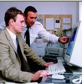 """דו""""ח: 36% מהעובדים בהיי-טק נשארים זמינים לעבודתם גם בזמן החופשה"""