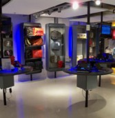 באג תפתח חנות קונספט שתוקדש למחשבים ניידים