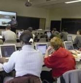 """קרן אתנה תחלק מחשבים של טושיבה במקום פוג'יטסו ב-""""מחשב נייד לכל מורה""""; ההיקף: 8 מיליון ש'"""