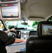 פורד תשיק מערכת שתאפשר גלישה ב-Wi-Fi מתוך הרכב