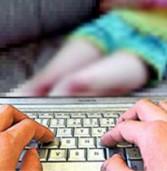מחלוקת באירופה על הדרישה לחסום באופן אוטומטי אתרים של פורנוגרפיית ילדים