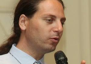 """עו""""ד יונתן קלינגר, היועץ המשפטי של התנועה לזכויות דיגיטליות. צילום: קובי קנטור"""