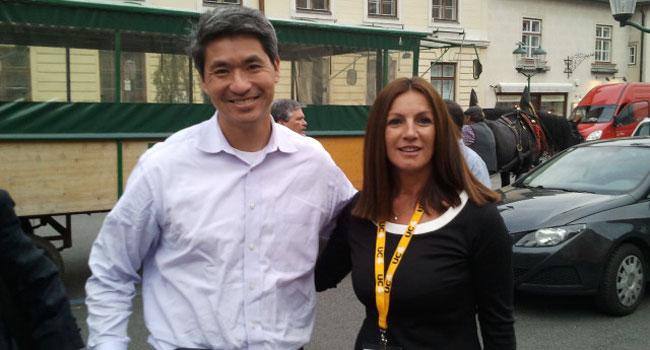 """דבורה כרמון - מנכ""""לית בנפיט טכנולוג'יס, עם ג'ייסון ליו - מנכ""""ל UC4"""