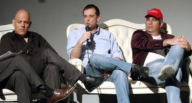 """מימין: ינון לנדברג - מייסד אידיאולוג'יק וסמנכ""""ל SpaceIL, רן גוראון - משנה למנכ""""ל בזק ויגאל ברקת - סמנכ""""ל השיווק של ישראכרט. צילום: קובי קנטור"""