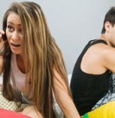 סקר: מחצית מאיתנו משתמשים בטלפון הסלולרי כדי לדבר עם מישהו בחדר סמוך