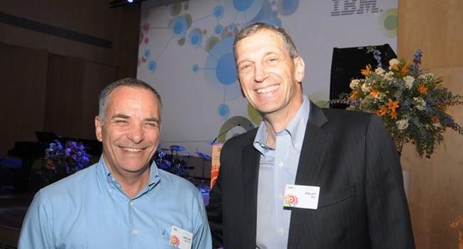 """ריק קפלן (מימין) – מנכ""""ל יבמ ישראל, לצד אורן מוסט - נשיא גולן טלקום"""