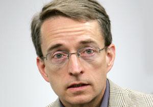 "פט גלסינגר, מנכ""ל VMware. צילום: אור יעקב"