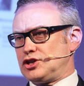 """אדריאן מקדונלד, EMC: """"הארגונים הגדולים מכירים בכך שהענן הציבורי לא מממש את ההבטחה שתלו בו"""""""