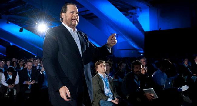 """מארק בניוף, מנכ""""ל Salesforce.com, מכריז על פלטפורמת ה-CRM החדשה של החברה, Salesforce1"""