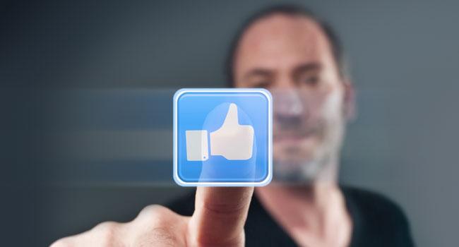 """עשו """"לייק"""" לפייסבוק - בוויקיפדיה. צילום אילוסטרציה: אימג'בנק"""