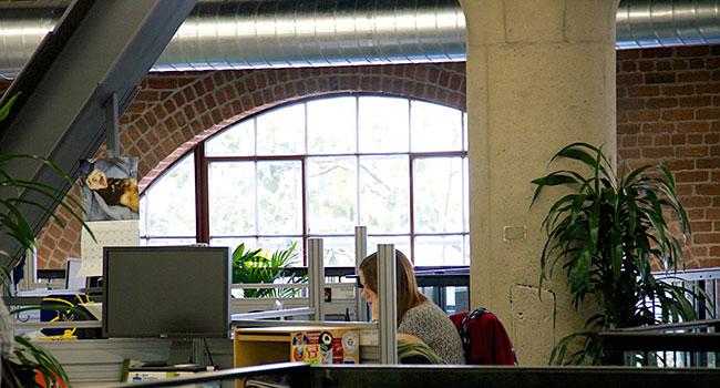 מפעל קפה שעבר הסבה. משרדי מוזילה בסן פרנסיסקו. צילום: אור יעקב
