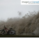 תמונת היום: הגלים המבשרים על בוא הסערה