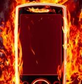 סמסונג תאפשר לבעלי מכשירי Galaxy S4 להחזיר את הסוללות