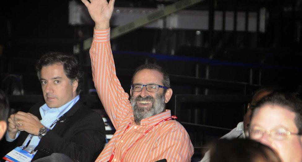 רמי נחום נצפה במושבי ה-VIP באיצטדיון המליאה עם 40 שותפי השנה וסביבם ביציעים 16 אלף משתתפי הכנס
