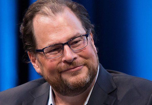 """מארק בניוף, יו""""ר ומנכ""""ל Salesforce"""