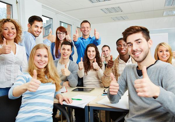 סטודנטים שיוצאים מהאקדמיה עם קריירה - יותר מרוצים? צילום אילוסטרציה: BigStock