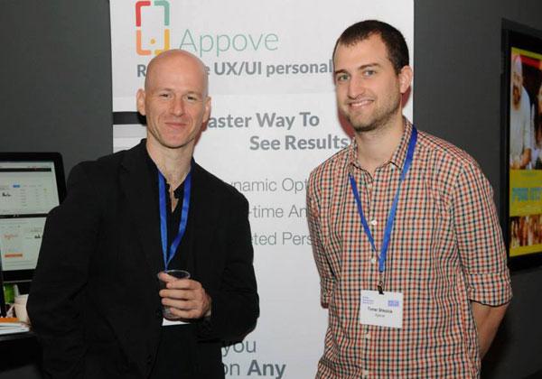 מימין: תומר שקולניק ושי וולקמיר, מייסדי Elasticode