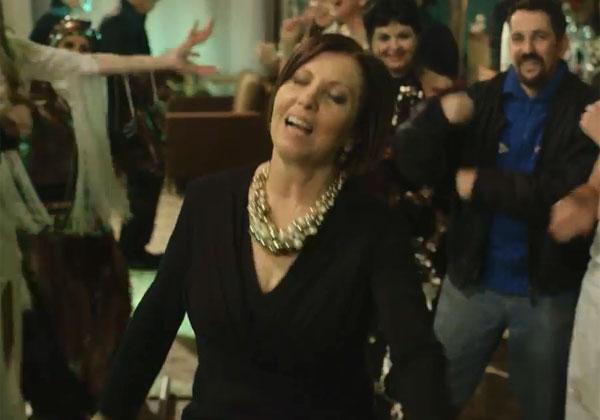 זהבה גלאון רוקדת? משפיע פחות ממה שחושבים. צילום: מתוך הסרטון