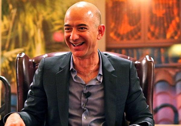 """ג'ף בזוס, מייסד ומנכ""""ל אמזון. צילום: סטיב ג'ורבטסון, מתוך ויקיפדיה"""