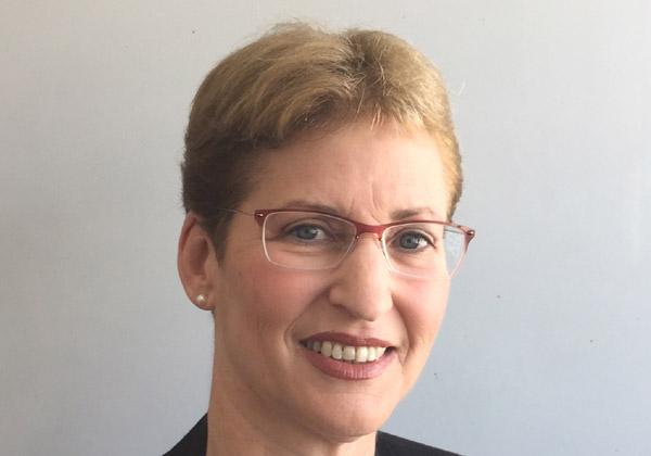 """דליה רובינסון, סמנכ""""ל, מנהלת חטיבת הבנקאות והפיננסים במטריקס"""