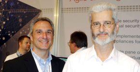 ביתן פורטינט ב-VMworld 2015. מימין: רונן שפירר, מנהל שיווק אזורי; וג'ייסון בנדובארס, מנהל ניהול מוצר, פתרונות ו-וירטואליזציה