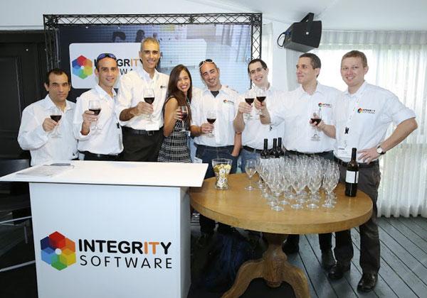 צוות האינטגרציה באינטגריטי תוכנה חוגג את קבלת התואר Citrix Specialty