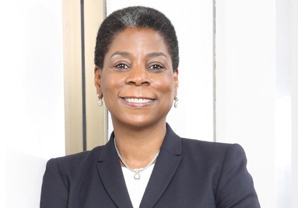 """אורסולה ברנס, לשעבר מנכ''לית זירוקס. צילום: יח""""צ"""