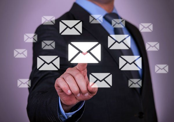 דואר אלקטרוני - 68% ממנו מהווה סיכון לארגונים. צילום אילוסטרציה: BigStock