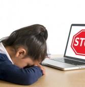 """אשנ""""ב: הגבלת הגיל ברשתות החברתיות לא אפקטיבית ותחנך לשקר"""