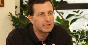"""ד""""ר אלעד הריסון, ראש המחלקה להנדסת תעשייה וניהול, שנקר."""