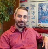 """בא לבקר במאורת הנמר: אלעד אש, סמנכ""""ל הפיתוח של Redis-Labs"""