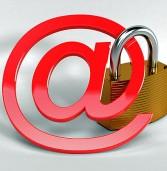 משרד המשפטים: גם כתובות מייל הן מידע אישי