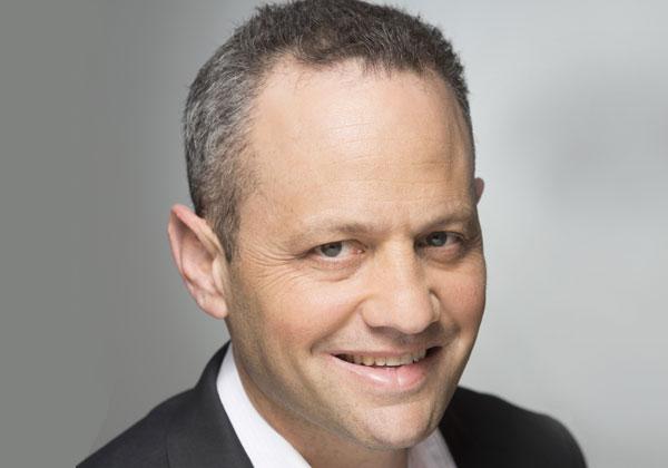 """רון שפרינצק, סמנכ""""ל חטיבת המגזר העסקי במיקרוסופט ישראל. צילום: רמי זרנגר"""
