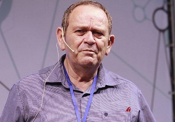 יוסי הירש, מהנדס מכירות בכיר באוויה ישראל. צילום: ניב קנטור