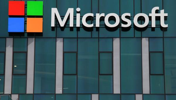 מיקרוסופט מחסלת את Windows 10 Mobile