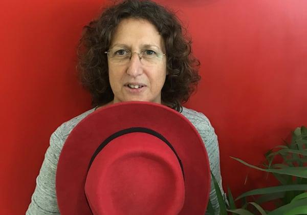 """מיקי קנת, מנהלת מרכז הפיתוח, רד-האט ישראל. צילום: יח""""צ"""