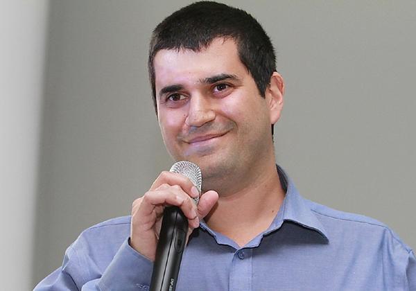 שימי שמעון, מנהל צוות הנדסה באיקסיה ישראל. צילום: ניב קנטור
