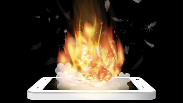 שוב? דיווח ראשון על Note 9 שעלה באש