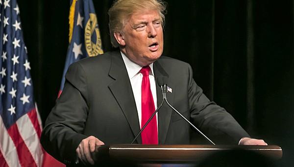 """בטרם עזיבת הבית הלבן: טראמפ מחרים שמונה אפליקציות סיניות בארה""""ב"""