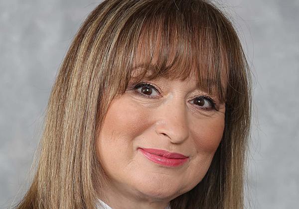 """אירנה פורטניק, סמנכ""""לית הטכנולוגיות והתפעול של כאל. צילום: סיון פרג'"""