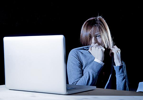 """דו""""ח נוסף מראה: צריך להגן על הילדים ובני הנוער מפני האלימות ברשת. צילום אילוסטרציה: BigSock"""