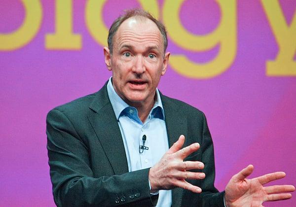 טים ברנרס-לי, ממציא האינטרנט, הדפדפן הראשון וה-HTML. צילום: drserg, BigStock