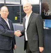 התקנה ראשונה בישראל למכונת הדפוס הדיגיטלית של בני לנדא