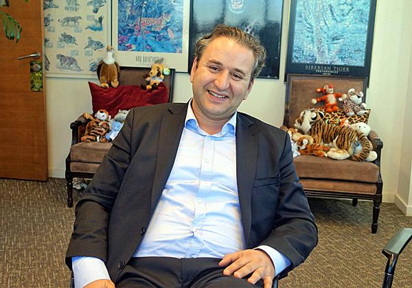 בא לבקר במאורת הנמר: אוליביה אלבז, סגן נשיא למכירות ב-Salesforce ישראל