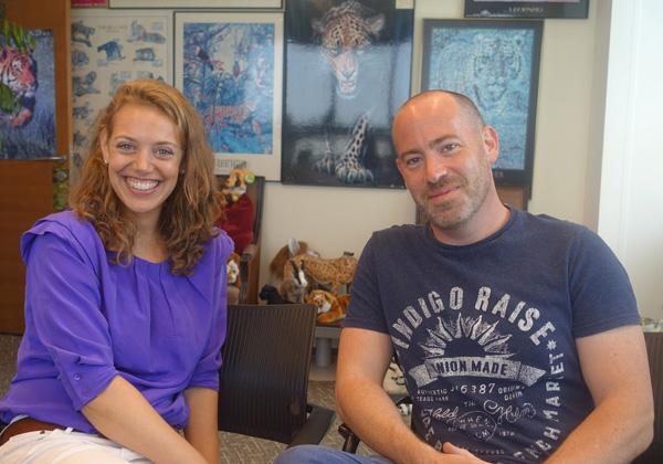 באו לבקר במאורת הנמר: מימין -אסף אגוזי, השותף המנהל של B-Hive בישראל; וז'קלין וובר-בושר מהנספחות המסחרית של שגרירות בלגיה בישראל