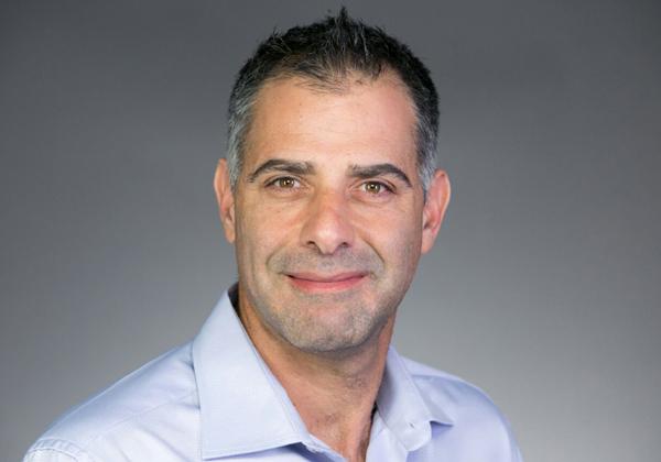 """אלי פרנס, מנהל אזור ישראל, אגן הים התיכון ומזרח אירופה בפורטינט. צילום: יח""""צ"""