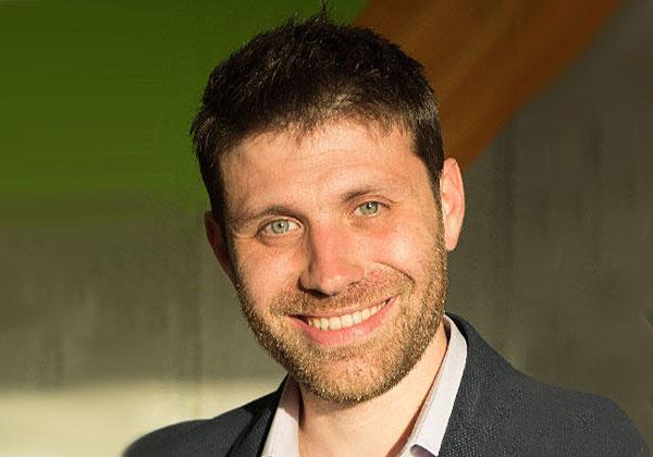 לירן שכטר, מומחה לאסטרטגיה דיגיטלית בפתרונות SAP Hybris בסאפ ישראל