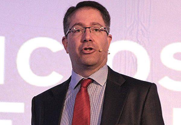 """סנטיאגו מדרוגה, מנהל טלקום ו-ICT ברד-האט לאזור EMEA. צילום: יח""""צ"""